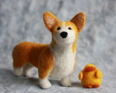 Bernard, a custom ordered needle-felted Corgi pet portrait / Fiber Friend